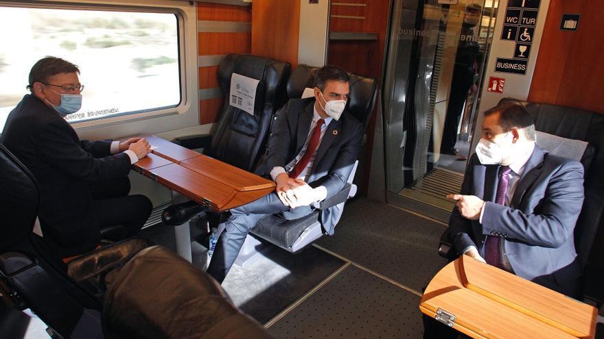 Sánchez y Puig: mucha pandemia y poca financiación