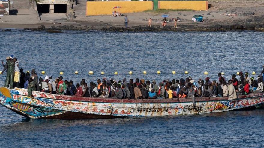 Marruecos deporta a un centenar de senegaleses que naufragaron rumbo a Canarias