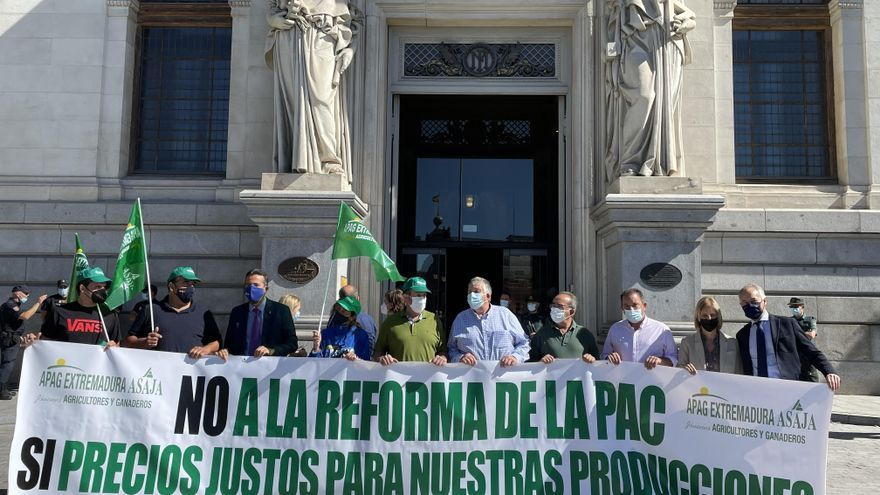Apag lleva de nuevo a Madrid los problemas con la PAC y los precios