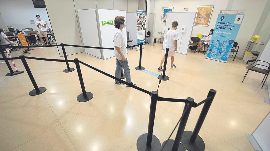 El Palau Firal obre les tardes d'agost per vacunar sense cita prèvia