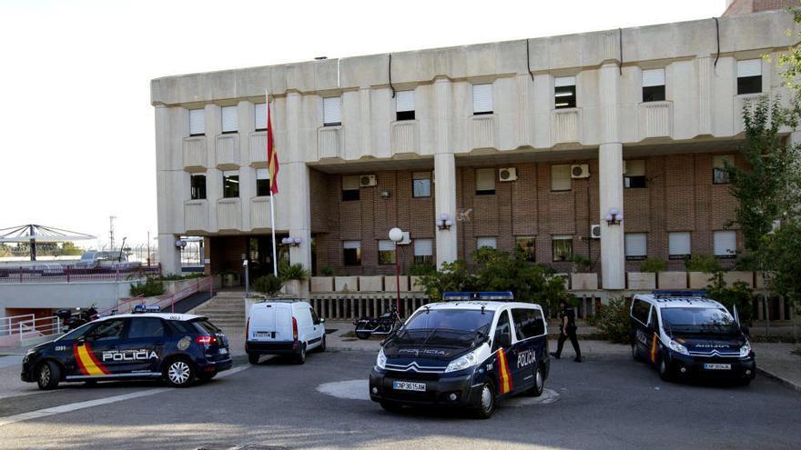 Internos del CIE de Murcia se ponen en huelga de hambre y piden su libertad
