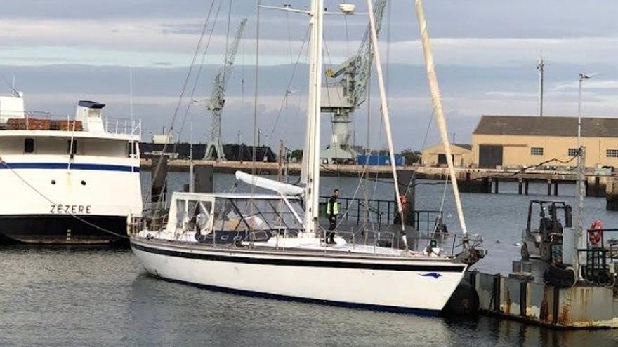 La Policía interviene en el Atlántico un velero con 5.200 kilos de cocaína