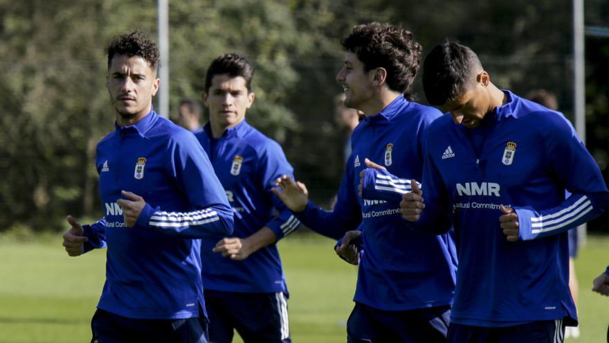 Las dos grandes incógnitas: Tejera y Nieto, dos fijos en el Real Oviedo, acaban contrato