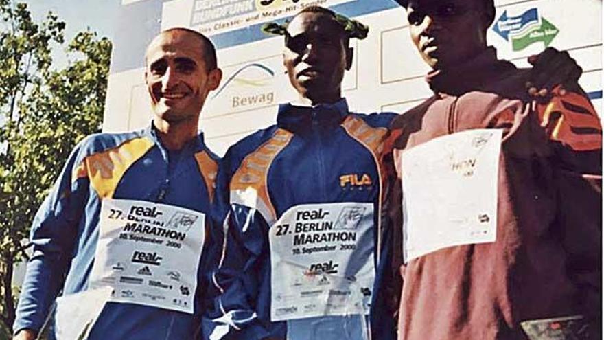 Homenaje al maratoniano Toni Peña