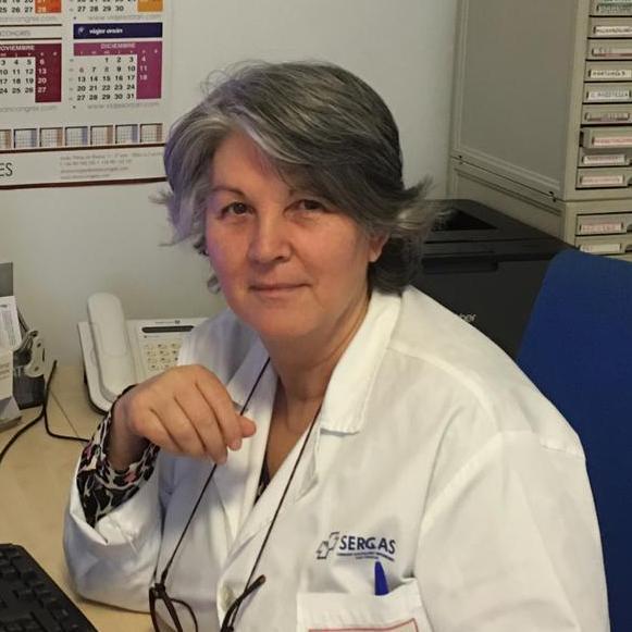 La doctora Carmen Montero, en su consulta del Hospital Universitario de A Coruña.