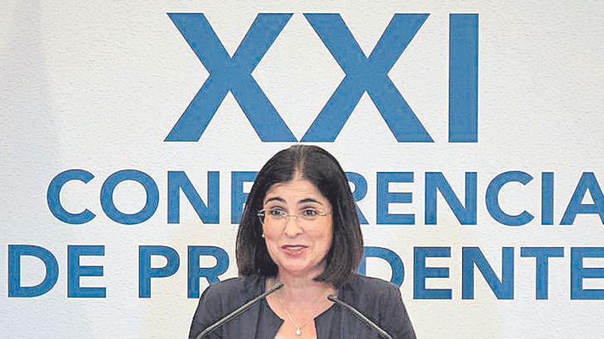 Torres plantea una tasa para financiar los test PCR en los aeropuertos europeos