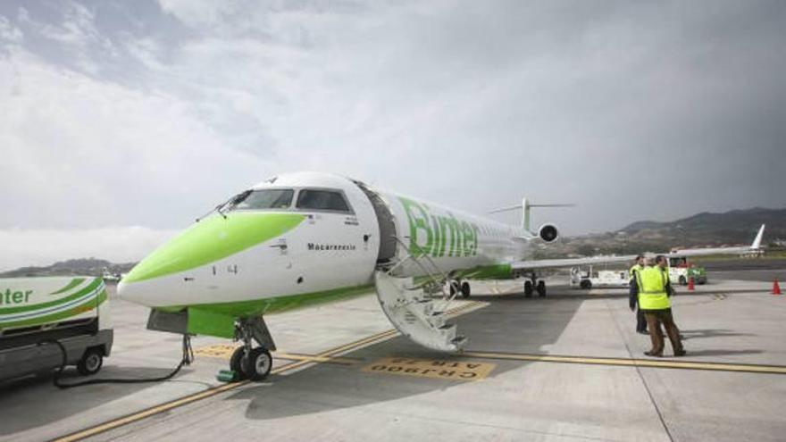 Binter aumentará los vuelos entre Mallorca y Canarias a 5 semanales en verano