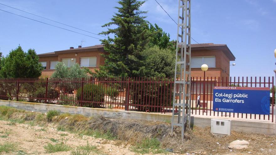 Elche reclama a la Diputación más seguridad vial en el acceso al colegio Els Garrofers