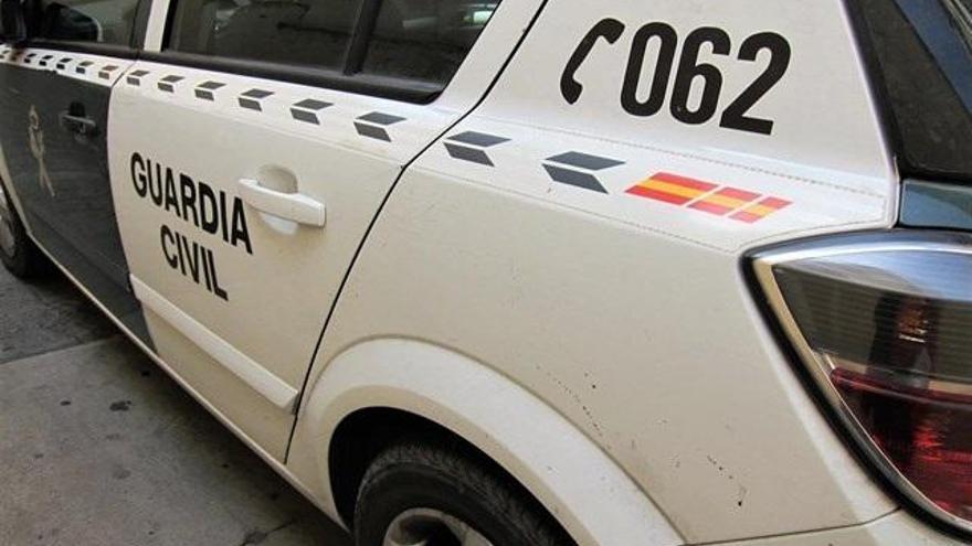 Cuatro detenidos en Sax por sustraer dos vehículos con engaño, violencia e intimidación