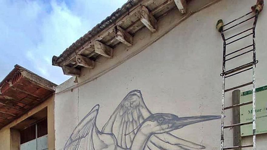Silla pone en valor con murales sus motores de l'Albufera