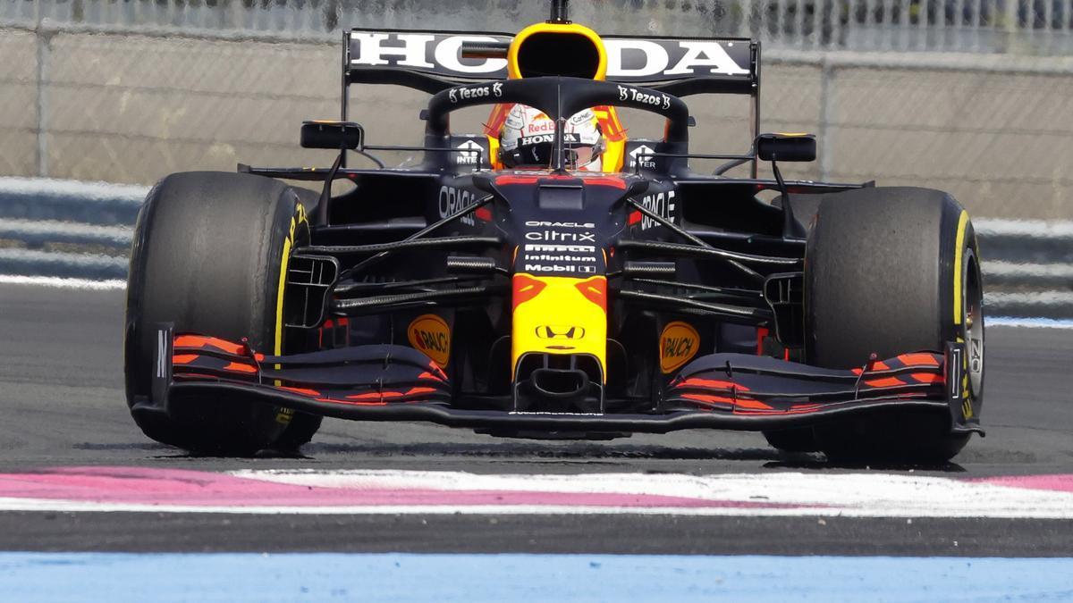 Verstappen logra arrebatar el primer puesto a Bottas en el GP de Francia.