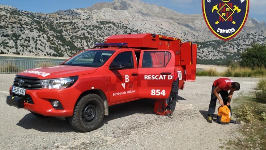 Rescate nocturno de dos excursionistas extraviados en la Serra