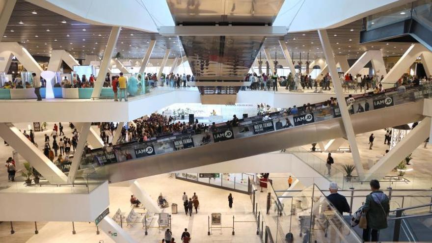 Estos son los centros comerciales, supermercados y tiendas que sí abren en Vigo el 12 de octubre