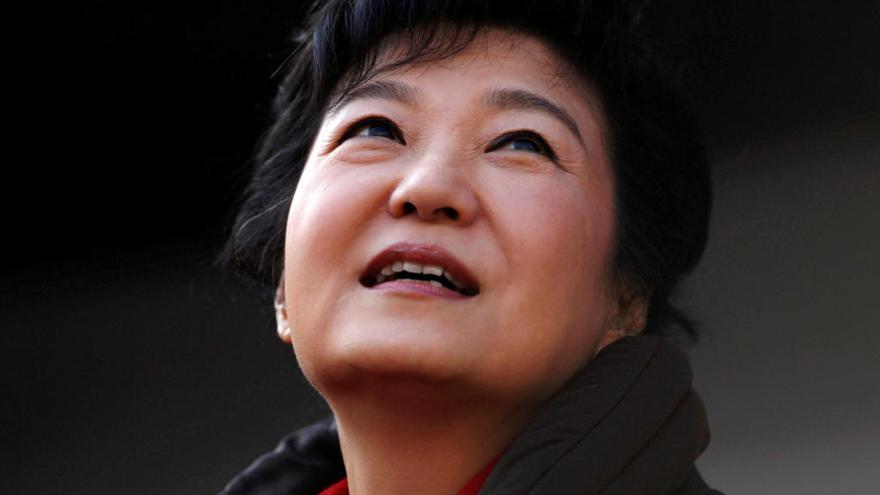 La fiscalía surcoreana pide detener a la expresidenta  Park