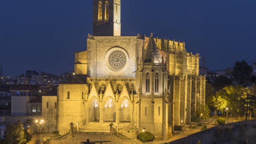Manresa apagarà demà els llums ornamentals de la Seu, la Cova, el Pont Nou i l'Ajuntament