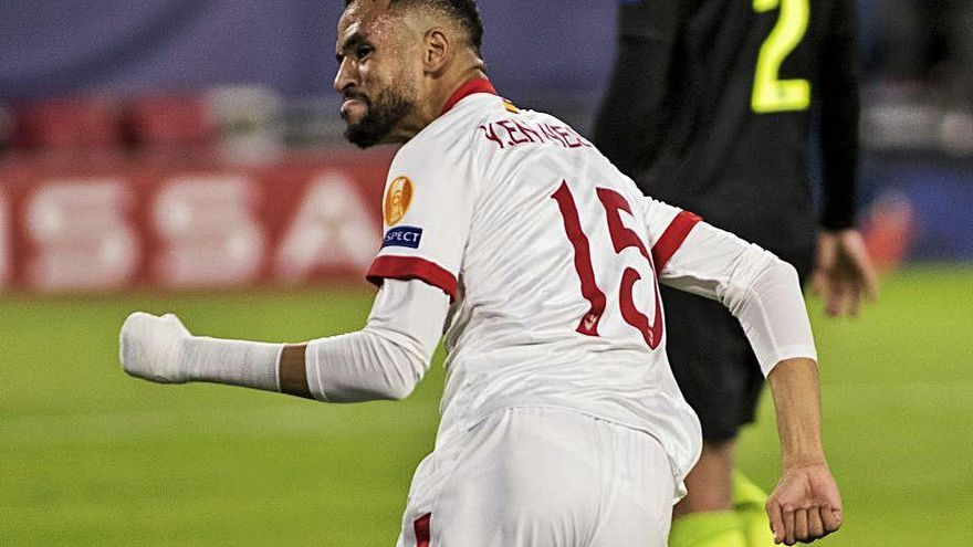 En-Nesyri lidera la remontada del Sevilla con un doblete en la recta final