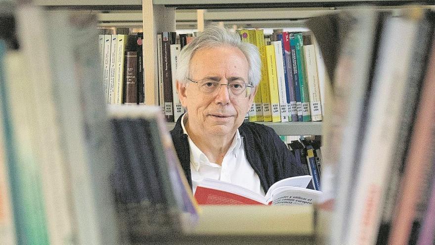 """Antonio Ariño: """"El cinismo cunde por todas partes"""""""