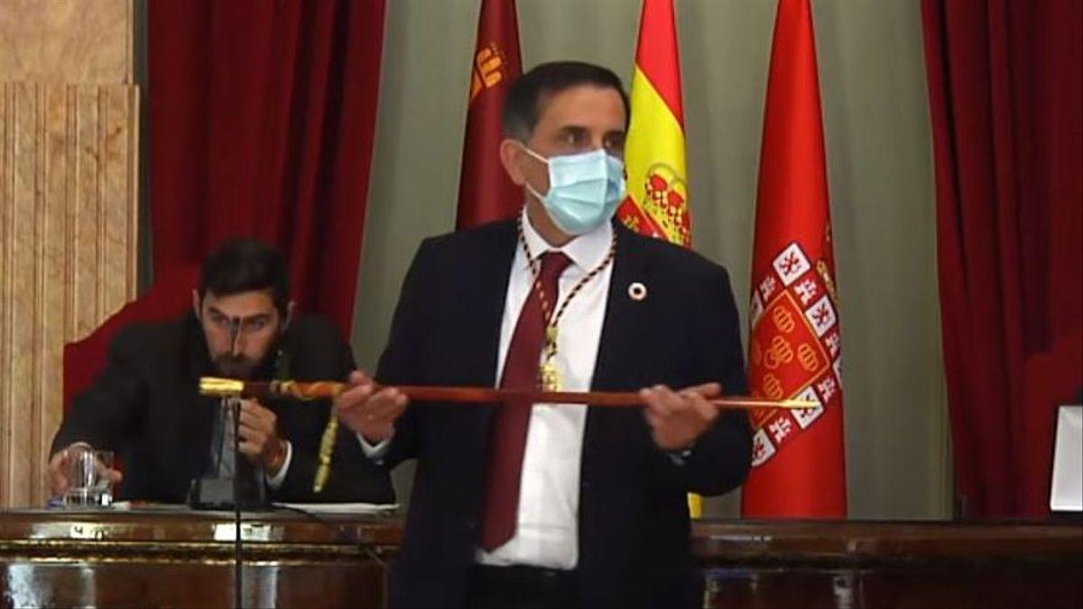 Triunfa la moción de censura en el Ayuntamiento de Murcia