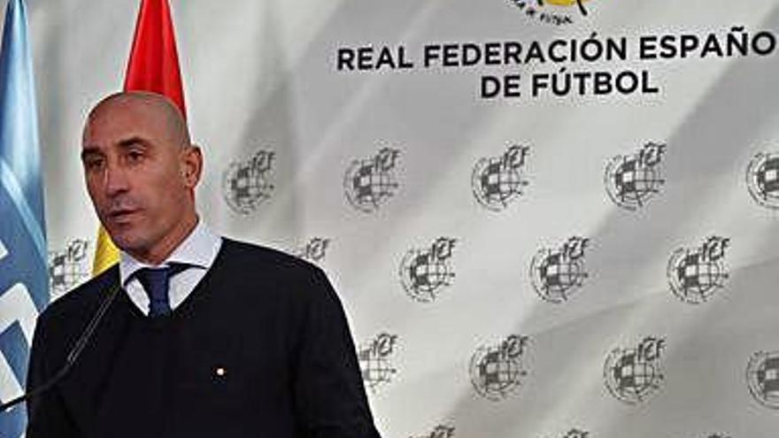La Federación se plantea que no empiecen las ligas hasta enero de 2021