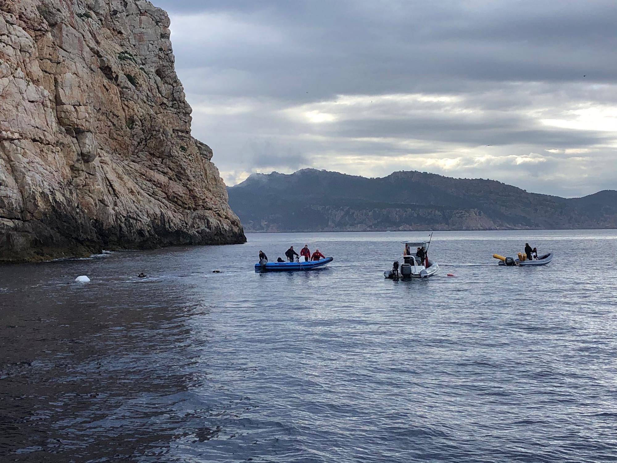 Escultura submarina de homenaje a Fernando Garfella