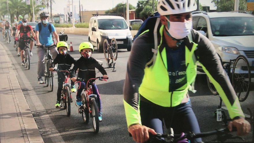 Alacant en Bici y la Plataforma por la Movilidad Sostenible exigen un carril para bicicletas entre el centro de Alicante y la Playa de San Juan