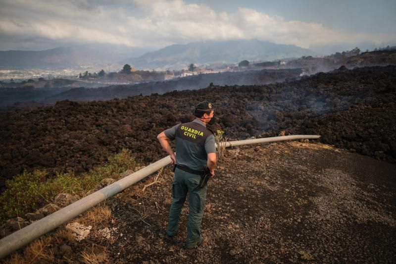 La lava del volcán avanza por La Palma