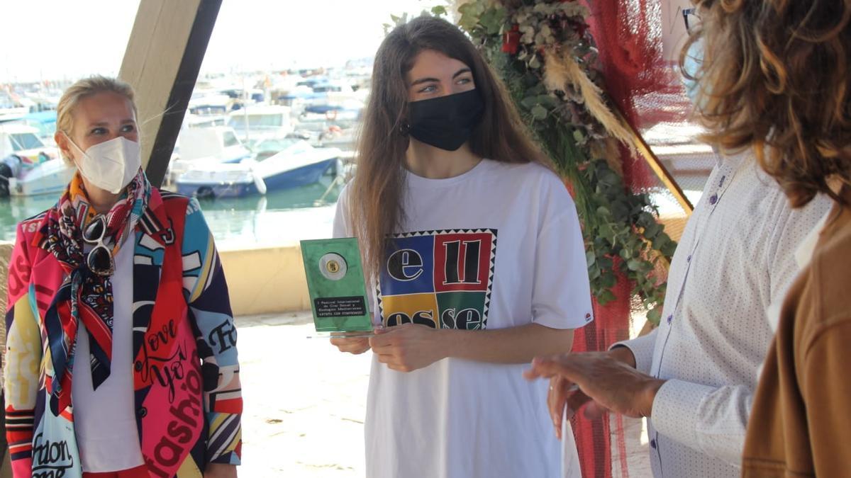 Galardón del Festival otorgado el domingo a la rapera Sara Socas en el recinto de las Eras de la Sal