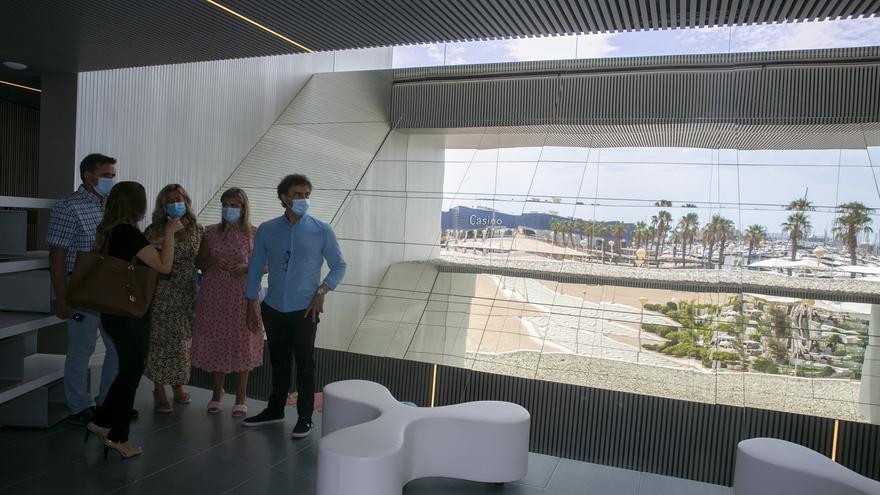 Alicante pagará el reajuste de luz en la Oficina de Turismo para no retrasar más su apertura