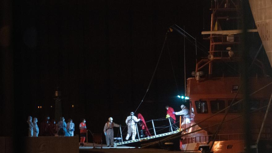 Llegan a las costas canarias unos 188 migrantes, entre ellos tres bebés, en menos de 24 horas