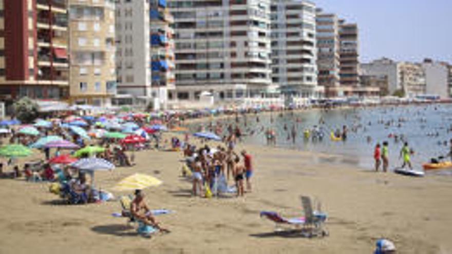 Fallece ahogada una mujer de 74 años en una playa de Torrevieja