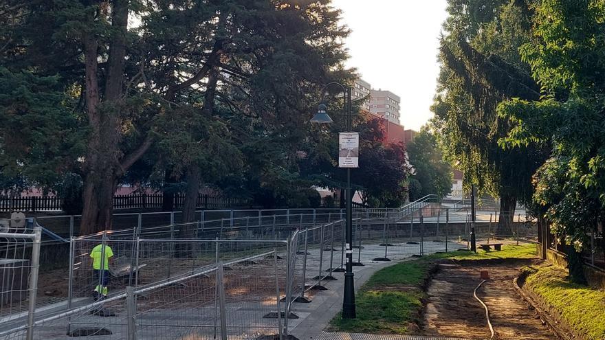 Mejoran el acceso a Campolongo con sendas peatonales de hormigón y madera