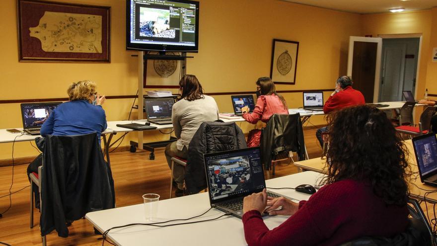 La Cámara ofrece gratis un curso de competencias digitales para mayores de 45 años en paro