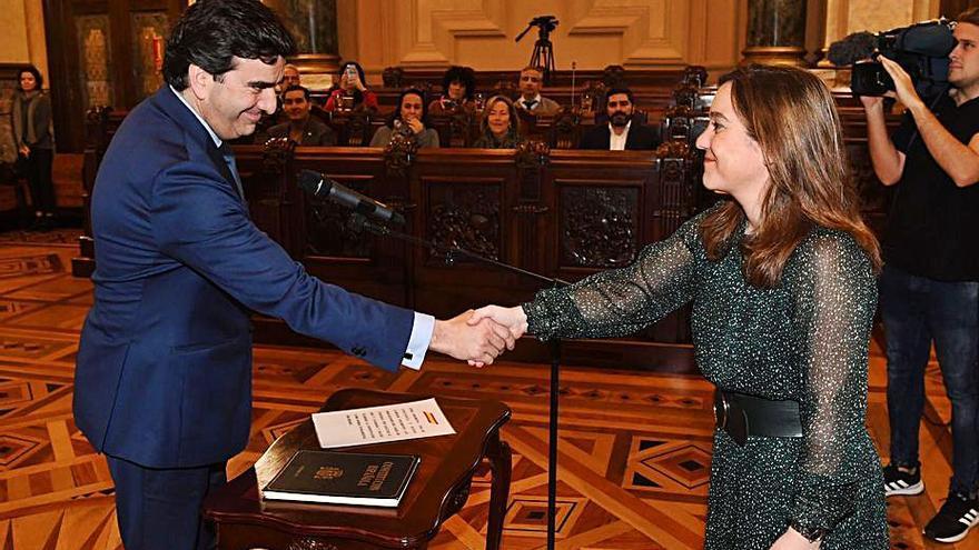 Rey reabre la negociación por los muelles tras el cambio de presidencia en el Puerto