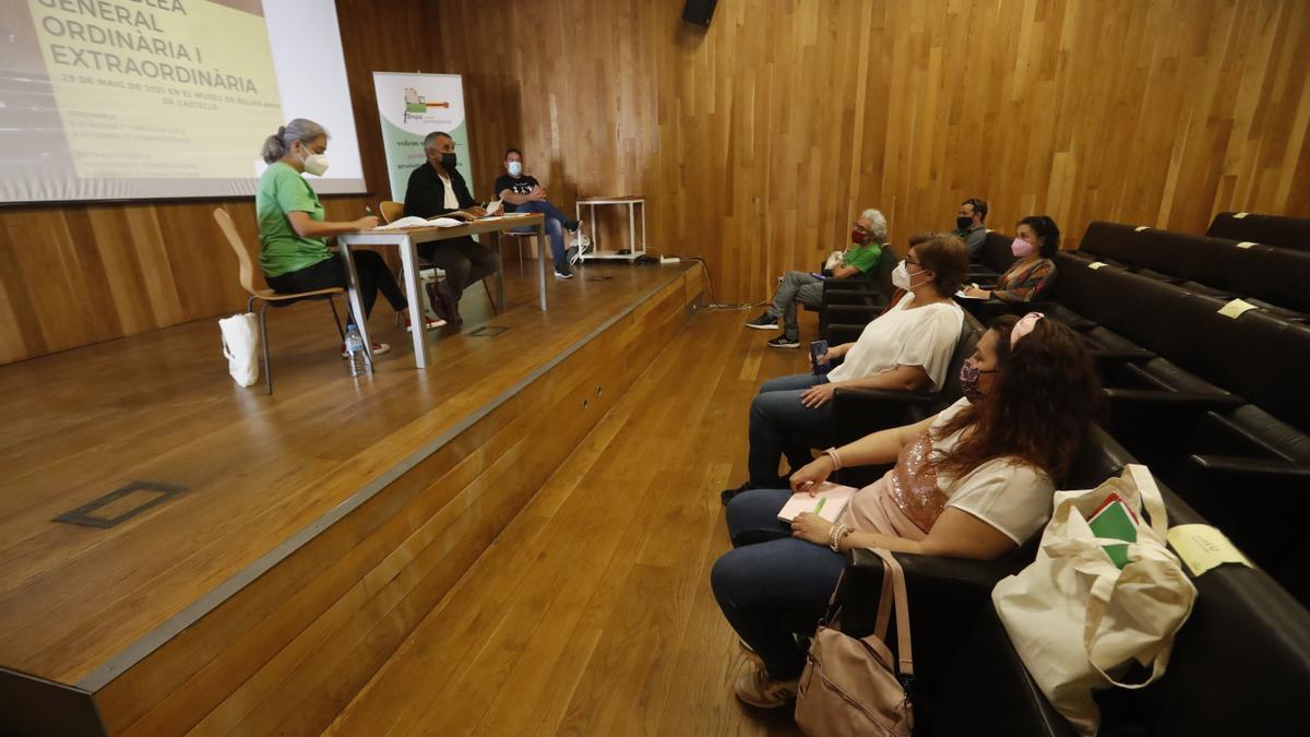 La Fampa Castelló Penyagolosa ha celebrado esta mañana su asamblea general ordenaria y otra extraordinaria para elegir a la junta electiva.