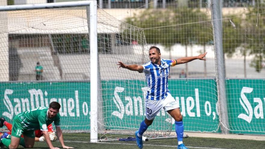 Canario dirige el estreno del Atlético Baleares en Primera RFEF (0-2)