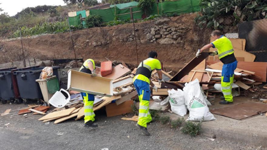 La capital roza las 18.000 incidencias por vertiduos de residuos en 2020