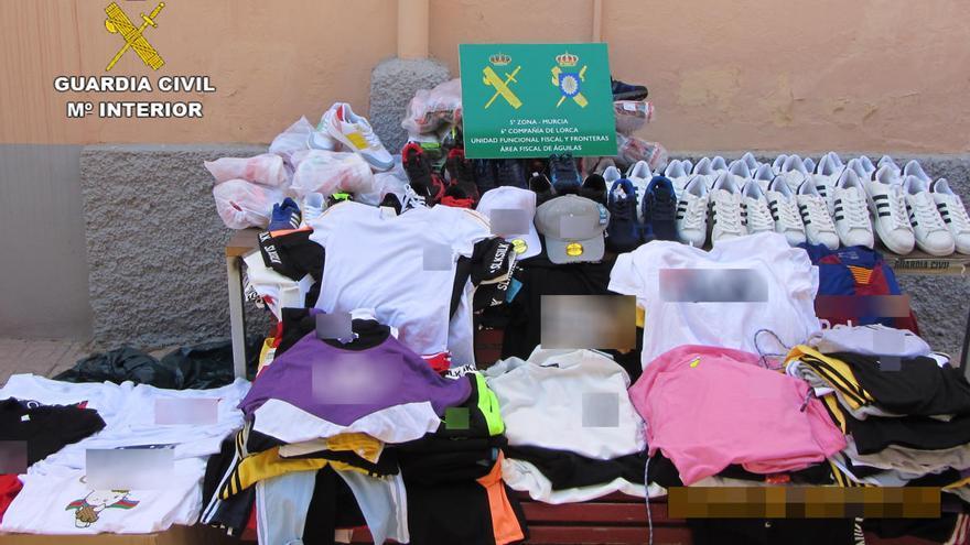 Investigan a cuatro comerciantes del Guadalentín por vender productos falsos