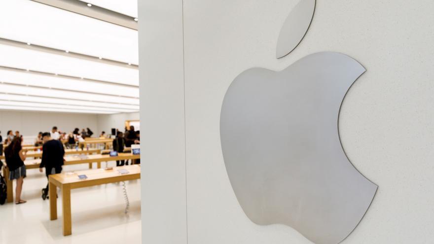 Apple gana un 56% más en medio año fiscal, 52.385 millones