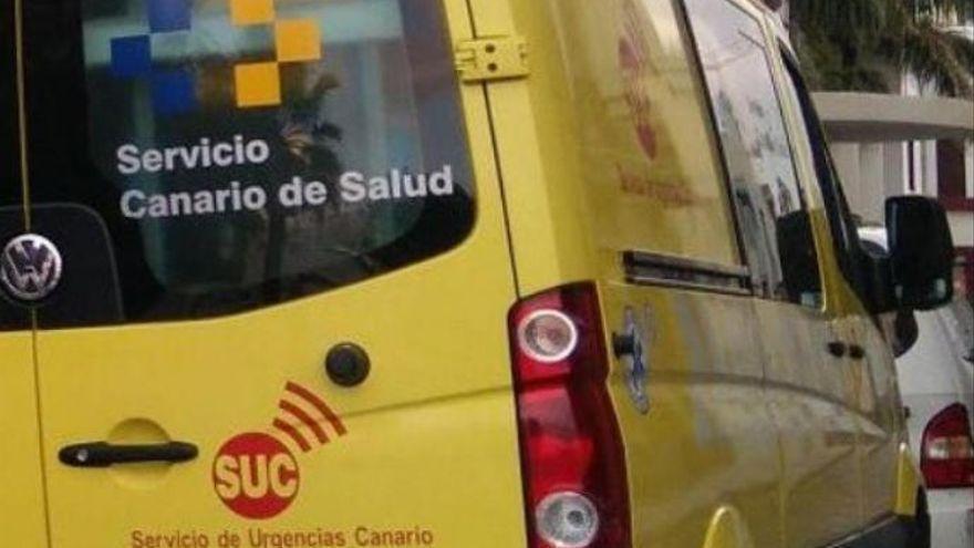 Un motorista de 25 años, en estado crítico al colisionar contra un muro en  Telde