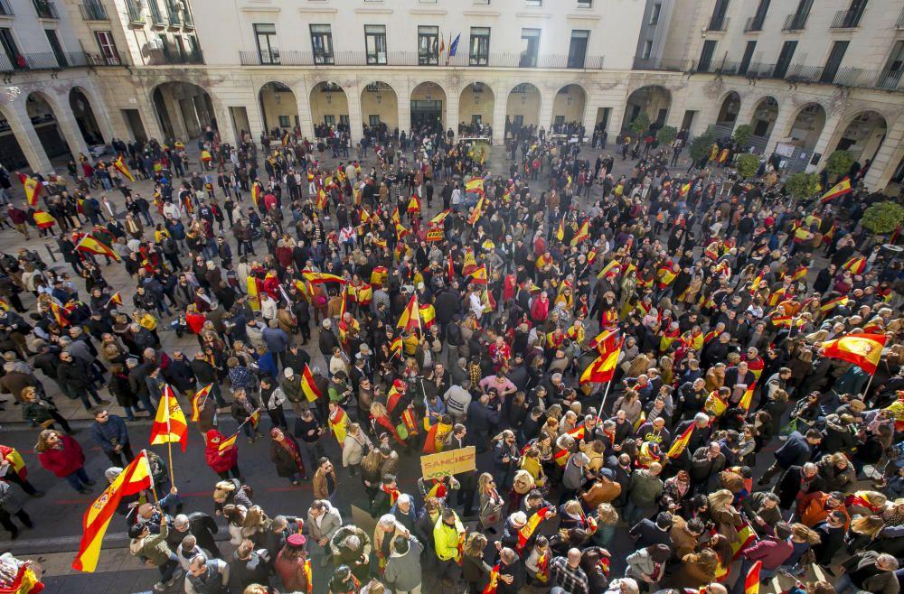 Manifestación en Alicante contra el gobierno de Pedro Sánchez
