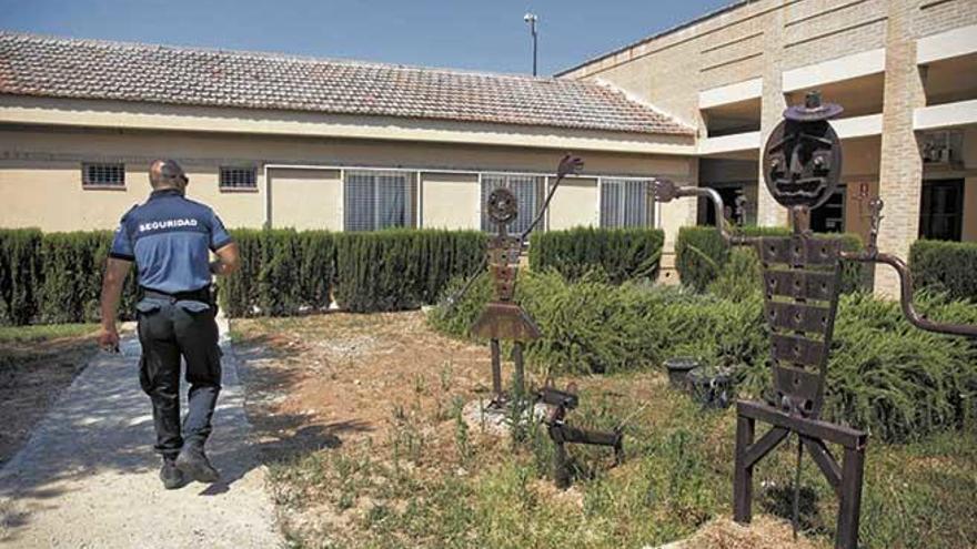 Guardia Civil y Policía buscan a tres jóvenes fugados de es Pinaret