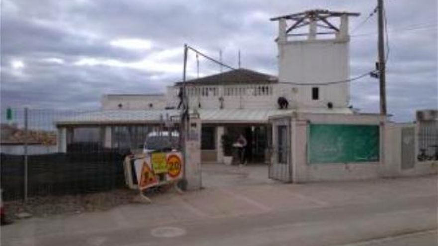 Yachtclub Molinar gibt nach und schließt Restaurant wegen Hafenerneuerung