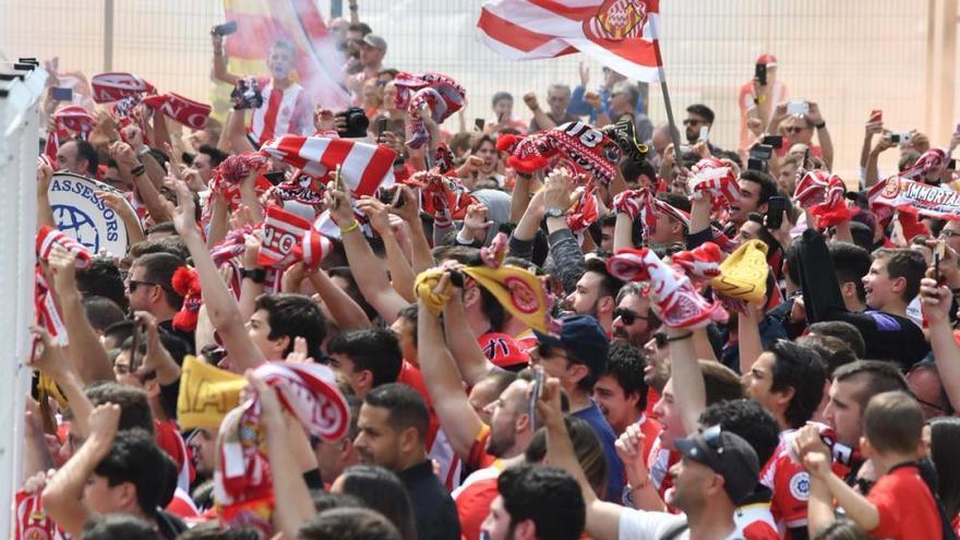 El Girona respira i llasta les opcions de Champions del Sevilla