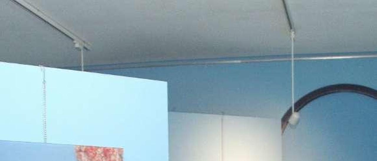Patricia Flores Sánchez, ayer, durante la inauguración de la exposición en la planta baja del Museo Marítimo.
