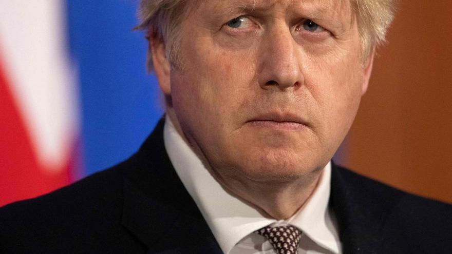 Johnson lanza un polémico plan contra la delincuencia rechazado por policía y oposición