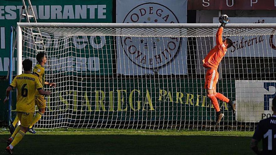 """El Vetusta quiere hacerse """"fuerte en casa"""" en su lucha por mantenerse en Segunda División B"""