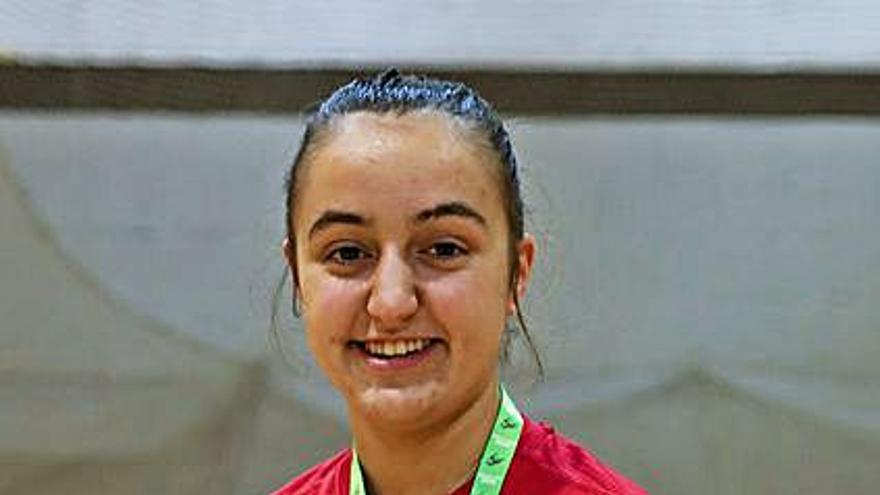 Homenaje en Langreo a Sara Roces, campeona de Europa de hockey sobre patines
