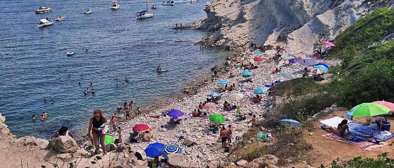 La cala del Francés de Xàbia, en una imagen tomada el pasado verano. | A. P. F.