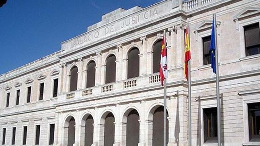 Confirmados 24 años de cárcel por matar a golpes a su mujer en la calle en Burgos