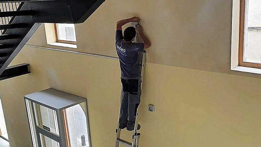Inca rehabilita la cubierta  del edificio del Conservatorio
